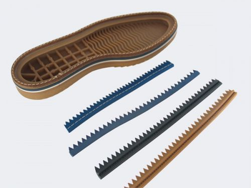 Rubber welt for shoe manufacture